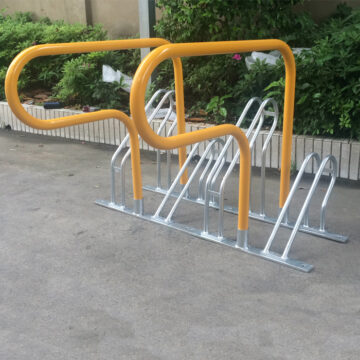 4 bike parking rack side front